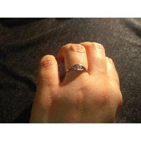 Кольцо 925 с прозрачным кристаллом