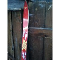 Лот лыжи  телеханы 3 пары.