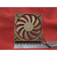 Вентилятор/Кулер/Fan тонкий Id-Cooling Brashless HA9215M12F-Z Fan 90mm (90x90x10) 4pin 12V 0.3A