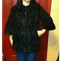 Элегантная меховая куртка.натуральный каракуль. .3\4 рукав.4 раз.на 165 рост