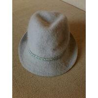 Шляпка с украшением,ангора90%.