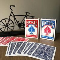 Bicycle Standard ( игральные карты )