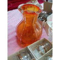 Наборы рюмок стаканов позолота СССР и ваза