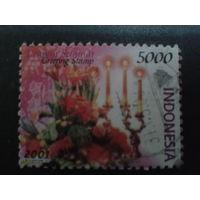 Индонезия 2001 Цветы Mi-1,8 евро гаш.