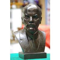 Бюст Ленина ( автор Завалов )