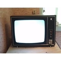 Телевизор Рекорд В-312 полностью рабочий оригинал