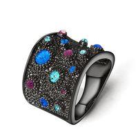 Шикарное коктейльное кольцо со стразами