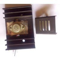Транзистор КТ838А на радиаторе