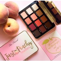 Just Peachy Matte палетка теней Too Faced
