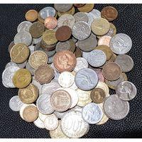 Более 120 монет со всего мира. Без СССР, Украины, России. С рубля