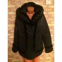 Стильная теплая весенне-осенняя куртка на синтепоне, красиво украшена натуральной норочкой прекрасно украсит фигурку примерно 50-52 размера, не меньше. Можно носить и ранней зимой.