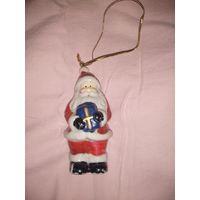 Елочная игрушка Дед Мороз (фарфор)