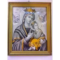 Икона старая католическая в деревянной раме.