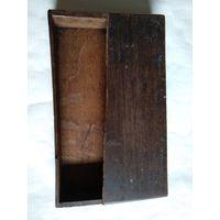 Старинная шкатулка для писем из древесины ореха.Размер 21х35х5.5см. На реставрацию.Середина 19-го века.