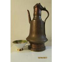 Большой медный чайник кофейник кумган времён Османской империи высота 37 см вес 1.8 кг
