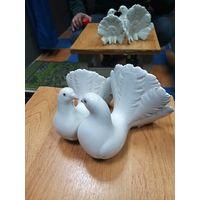 """Фарфоровая статуэтка """" голуби """". Lladro. Испания."""