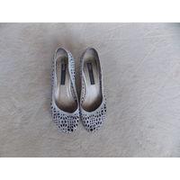 Туфли женские 37 р-р AXIS