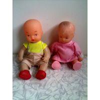Куклы пластмассовые-2 шт. одним лотом.