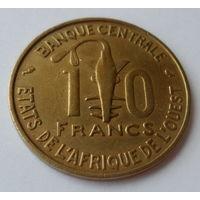 """Западная Африка 10 франков 1974 """"Языческий тотем, газель песчаная"""""""