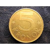 СЕВЕРНАЯ ЕВРОПА ШВЕЦИЯ 5 крон 1982,1987 цена одной монеты 1,2 руб