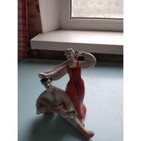 Фигурка фарфоровая Танцоры большая