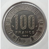 """Центральная Африка 100 франков 1996 """"Три африканских антилоп (Канна гигантская)"""""""