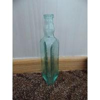 Бутылка из-под уксуса, старая, трехгранная