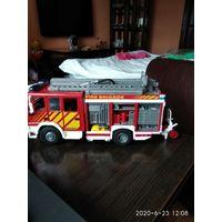 """Детская игрушка""""Пожарная машина""""."""