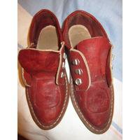 Ботинки женские Armani . Кожа