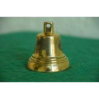 Колокольчик латунный   ( высота 5,5 см , диаметр 4,8 см )