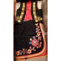 Сценический девичий костюм с вышивкой и аппликацией