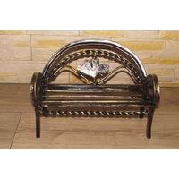 Игрушечная кованная скамейка - диван