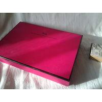 Коробка. От французского шоколада.