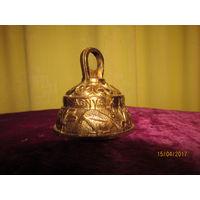 Колокольчик оригинальный рельефный  AGNUS  60 высоты и 55 мм диаметр Англия