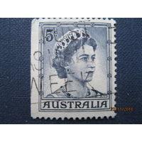 Марка Австралия 1959 год. Королева Елизавета II