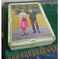 Коробка шкатулка футляр марки D.B.F. металл середина прошлого века