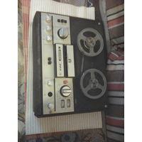 Продаю магнитафон бабаиный маяк 203 бу раб без сетевого провода на зп