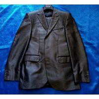 Классический приталенный костюм City Life (серый металлик)+жилетка