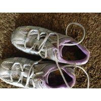 Кроссовки для девочки-ZARA-26 р-р.