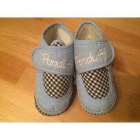 Очаровательные пинетки-ботинки из ткани. длина стельки 11 см. Бу, в хорошем состоянии.