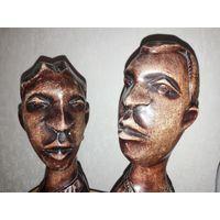 АФРИКА. Винтаж. Две парные деревянные статуэтки 33 см.