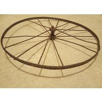 Старинное колесо велосипеда