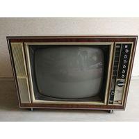 """Телевизор цветной """"Радуга 703"""""""