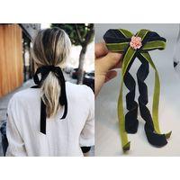 Заколка для волос с бантом