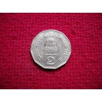 Индия 2 рупии 2003 г.