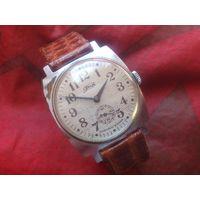 Часы ЗиМ 2602 ПОБЕДА из СССР 1970-х
