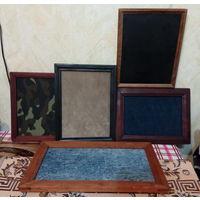 Старые рамки для коллекций.
