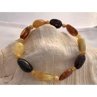 Браслет янтарный - БАРБАРИС-полированные природные камни-новый