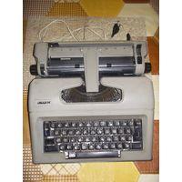 """Пишущая печатная машинка """"Ивица М"""""""