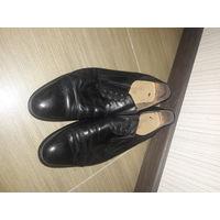 Мужские туфли размер 43.